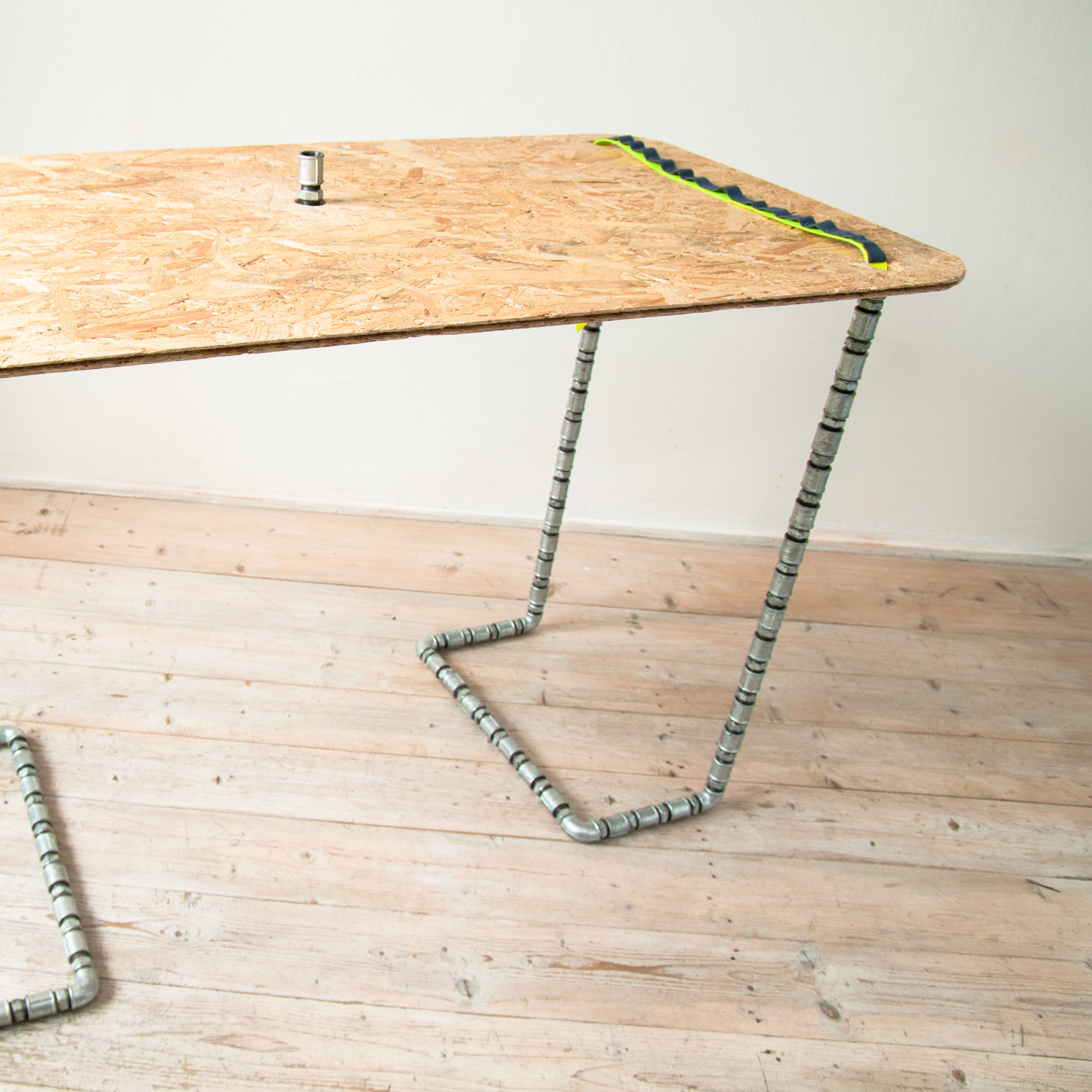 FUNiture collection - metalic table